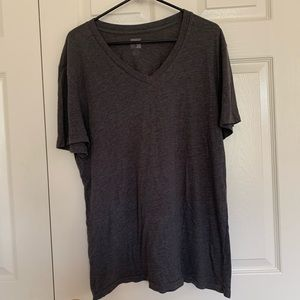 Grey Men's BDG V Neck tee size XL